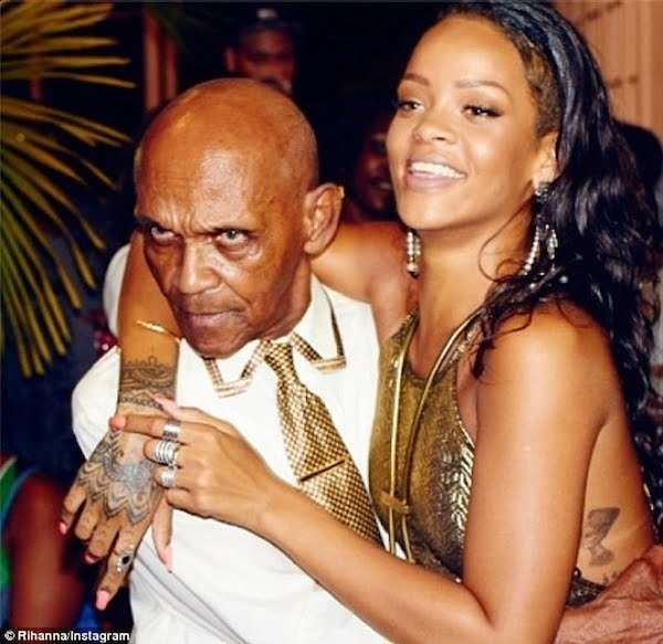 Rihanna grandfather birthday bash 1
