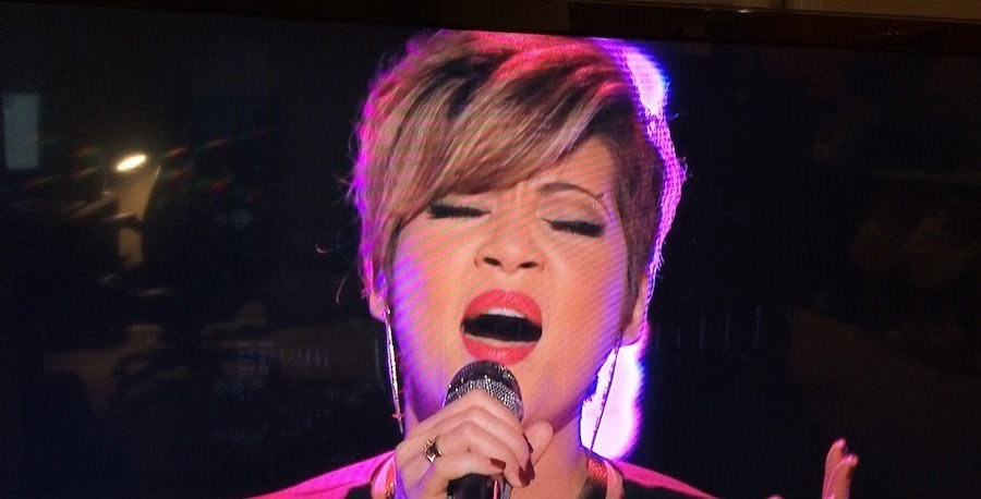"Tessanne Chin Performed ""If I Were Your Woman""  On The Voice Nov 18 [VIDEO]"