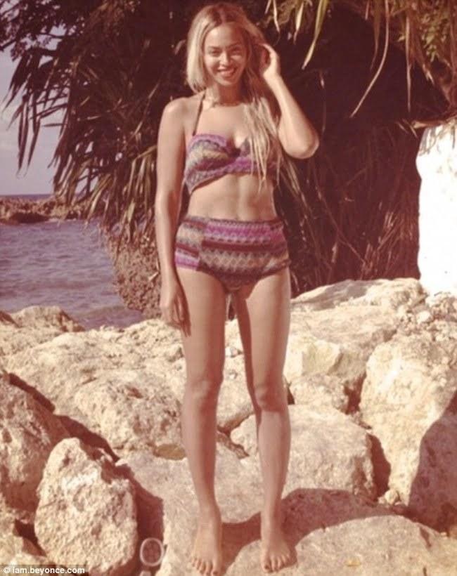 Beyonce bikini Jamaica 1