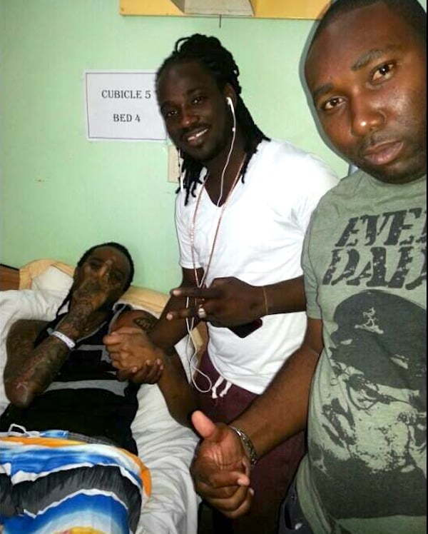 I-Octane visit Tommy Lee in hospital