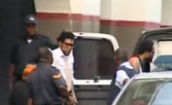 Kartel outside court