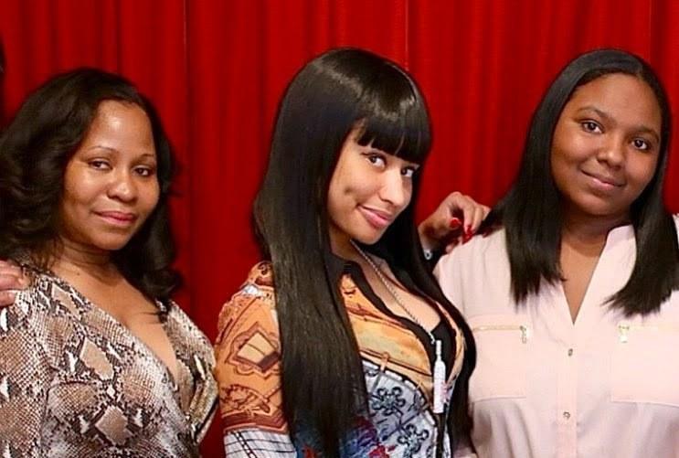 Nicki Minaj mom and sister