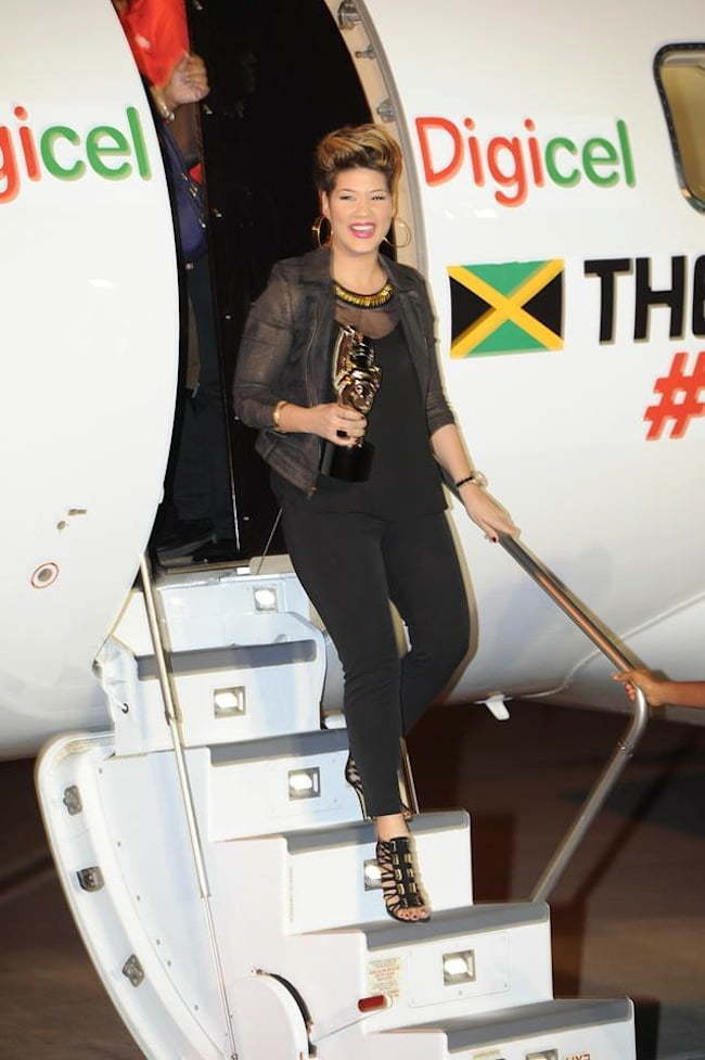 Tessanne Chin arriving in Jamaica