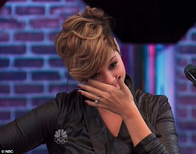 Tessanne Chin cry on The Voice