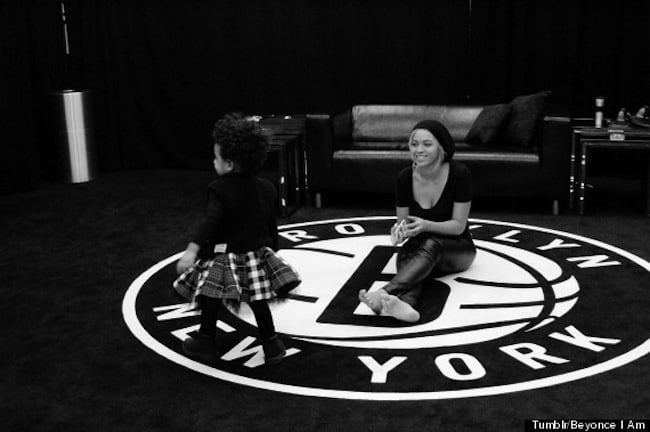 Blue Ivy and Beyonce pic