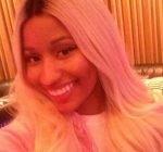 Nicki Minaj selfie instagram 1