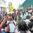 Kartel fans protest