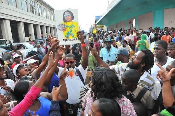 Kartel fans protest 9
