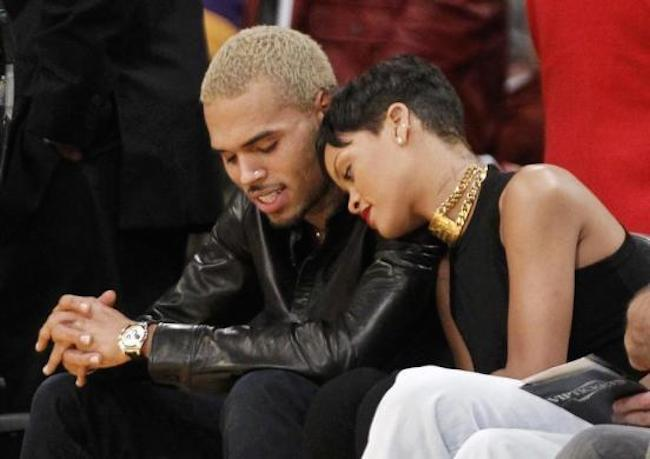 Rihanna Returned Chris Brown Chain And Now He Is Wearing It
