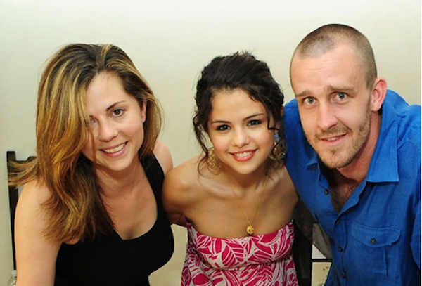 Selena Gomez and her parents