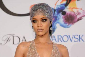 Rihanna Twerking In See-Through Gown At CFDA Awards