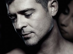 "Robin Thicke Release ""Get Her Back"" Music Video"