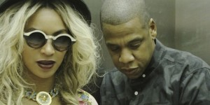 Beyonce Jay Z Says No Divorce, Gets Drunk In Love On The Beach [PHOTO]
