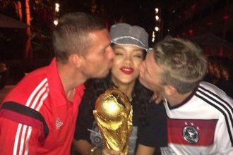 Rihanna Party It Up With German Soccer Stars, Kiss The World Cup
