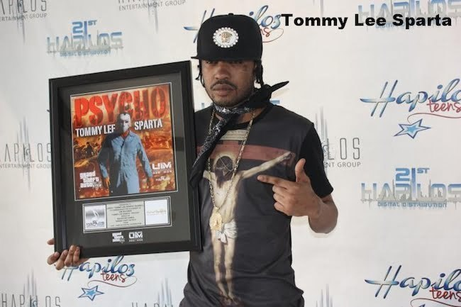 Tommy Lee Award