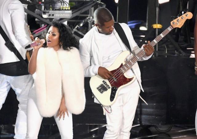 Nicki Minaj, Usher Performing Live At MTV VMA 2014 [VIDEO]
