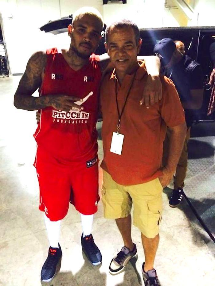 Cool Chris Brown Hangs Out With Rihannas Dad Ronald Fenty Photo Hairstyles For Men Maxibearus