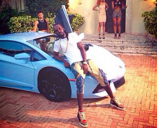 Mavado Showing Off His Tricked Out Lamborghini
