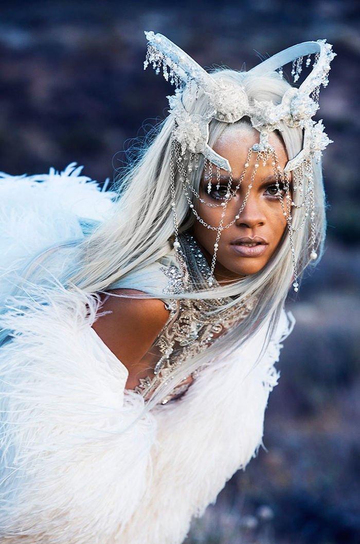Rihanna Tush Mag 1