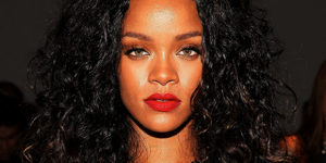Rihanna Blast CBS For Punishing Her For Ray Rice