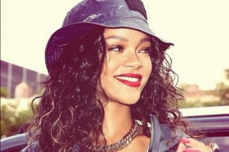 Rihanna New Single This Month, Plus Album R8 Release Date