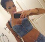 Candice-Brook-selfie
