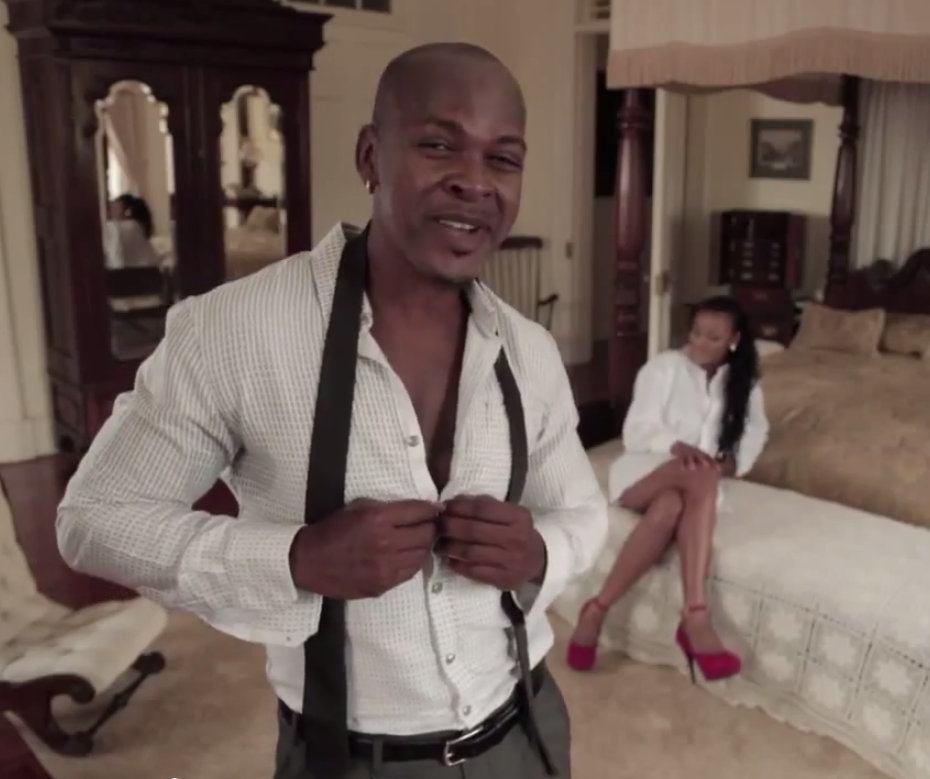 Mr. Vegas Shoulder video