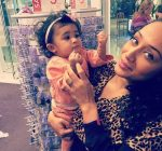 Chris Brown daughter photo