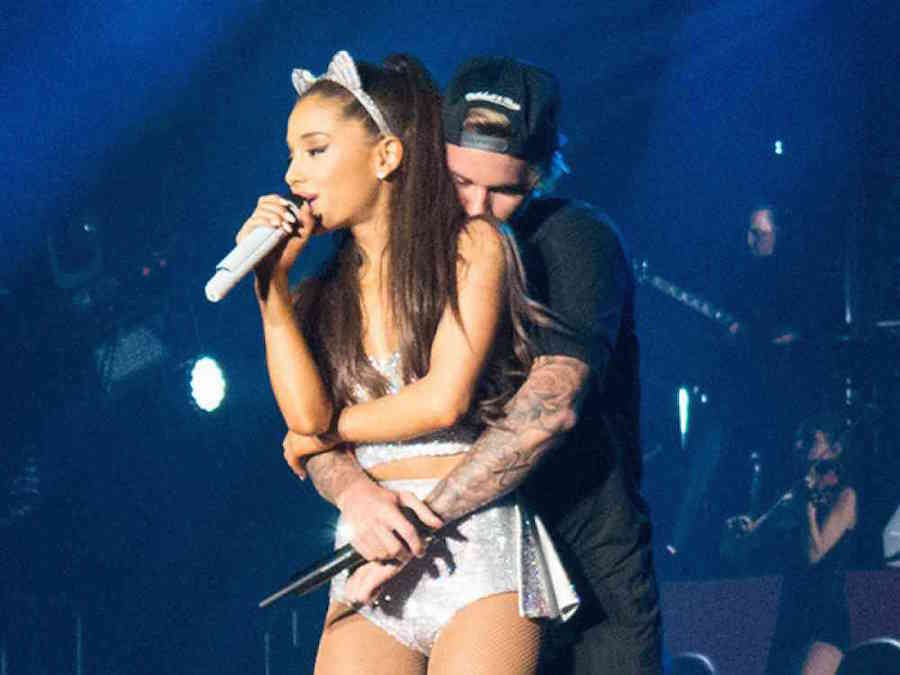 Justin Bieber and Ariana Grande flirt