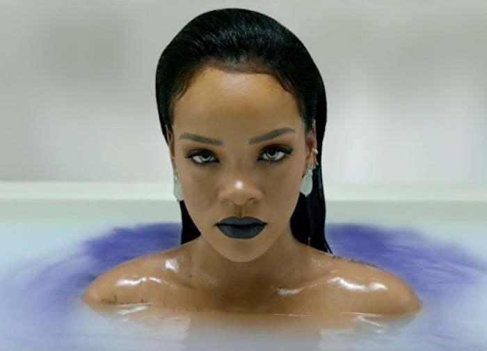 Rihanna ANTIdiary pic