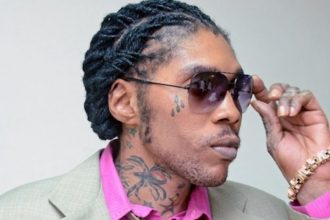 Vybz Kartel – Hold It Lyrics