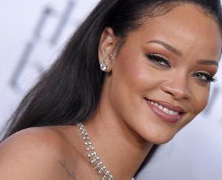 Rihanna Canceled Lollapalooza Performance Over Zika Virus