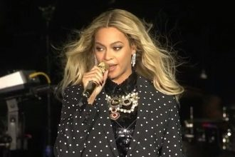 """Beyonce Debut """"Freedom"""" Video In Support Of International Day Of The Girl"""