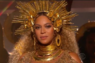 Watch Beyonce Breathe Taking Grammy Performance Full Video