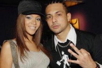 """Sean Paul Recalls Rihanna Visiting Jamaica For """"Break It Off"""" And Didn't Want To Leave"""