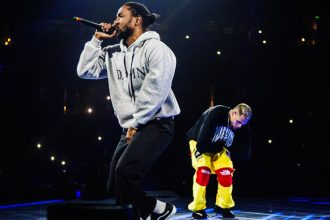 Watch Chris Brown Surprise Fans With Kendrick Lamar On His Party Tour