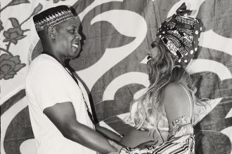 Reports: Beyonce Gives Birth To Twins With Jay Z