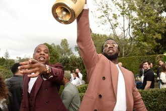 "Diddy Says JAY-Z ""4:44"" Album Is Equivalent To The Bible"