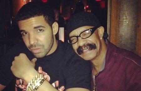 Dennis Graham Gets Giant Drake Tattoo On His Arm