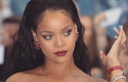Rihanna Fenty Beauty Gets Rave Reviews For It's 40 Shades