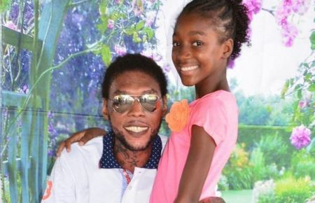 Vybz Kartel Shares More Photos From Prison With His Daughter