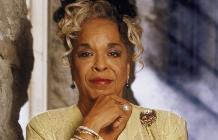 R&B Singer & Actress Della Reese Dead At Age 86