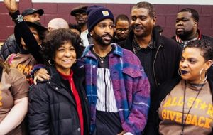 Big Sean Gave Away 5000 Turkey For Thanksgiving