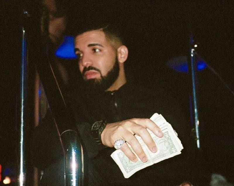 Drake buys $50000 of groceries for Miami supermarket shoppers