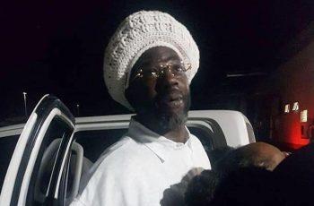 Buju Banton arrive Jamaica