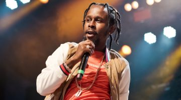 Popcaan Angrily Attacked A Man On Stage In The UK For Doing This