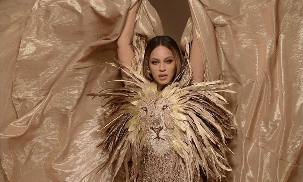 Beyonce Lion King outfit