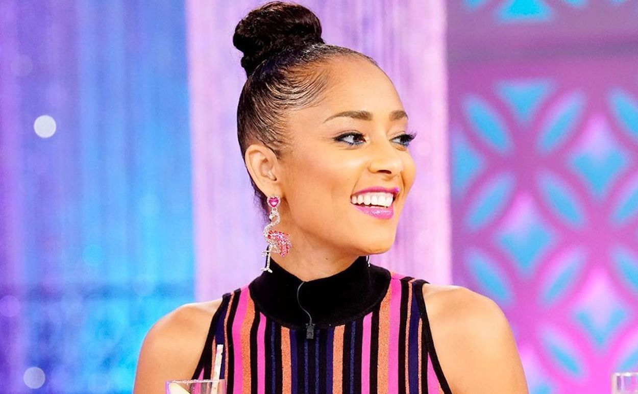Amanda Seales LEAVES & # 39; The Real & # 39